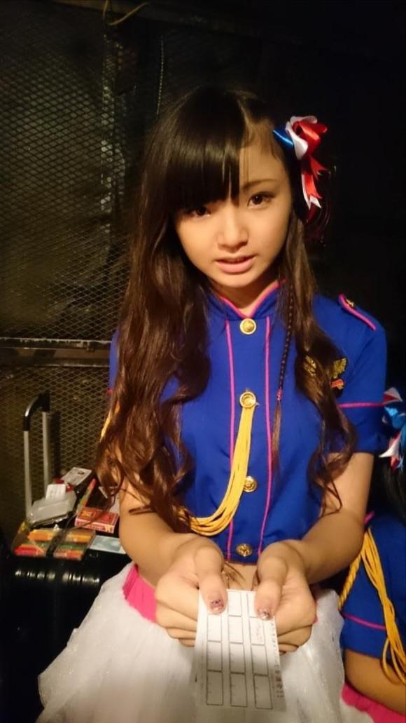 不科學!日本11歲女孩衣服一脫...這身材讓人噴了。。。