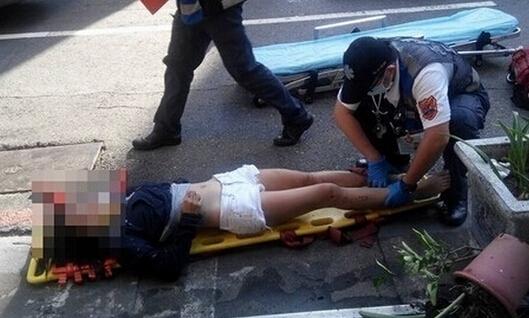 短褲少女死亡,當時追車的警察崩潰了!他痛哭說出「一句話」讓人鼻酸...死者父親卻這樣講...
