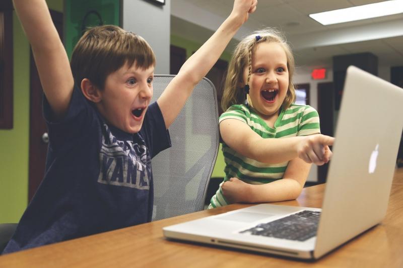 媽~別再阻止我玩遊戲了!研究指出:電玩除了紓壓,還有以下「3種」好處!想變聰明?打Game就好!