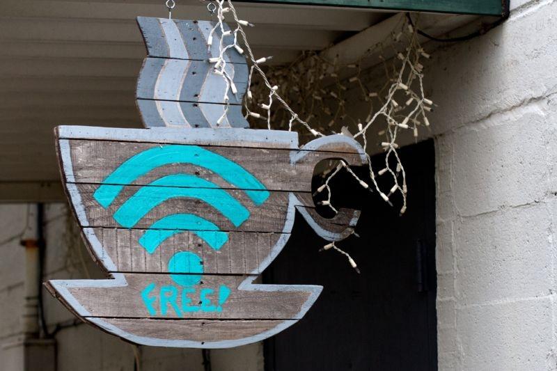 史上「最快Wifi」問世!下載一部「藍光影戲」只需46秒,比現在最速Wifi還要快4倍!!只是它卻有這一個「致命缺陷」!!