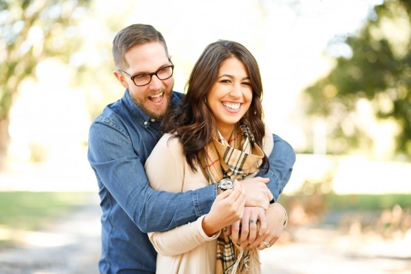 這老公情商咱不忍直視!讓老婆想哭的16種狀況~結婚一週年送這種禮物...也真是可以鼓掌啦...
