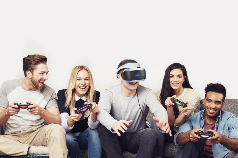 刺激.娛樂 「PS VR」陪你過年