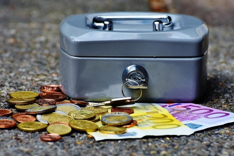 誰說存錢就是節儉?!為了明天能夠安逸的退休,你應該....輕鬆儲蓄幾百萬的幾個方法!