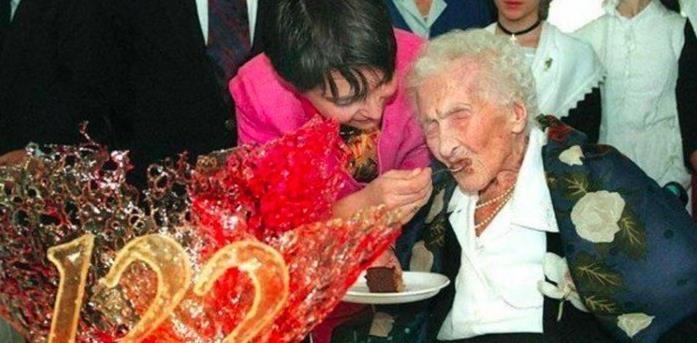 百歲壽星:146歲的他被死神遺忘了,最大心願:想去死!為了死,他還做了「這些事」!