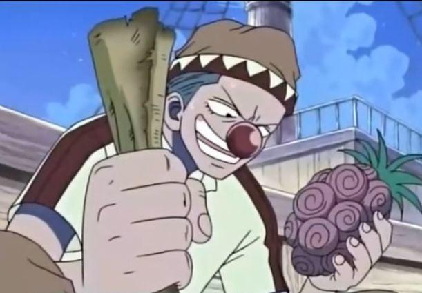 《海賊王》羅傑海賊團都不吃惡魔果實!就在巴基吃下惡魔果實時,全員說出這一句…透露出取得「ONE PIECE」的秘密!