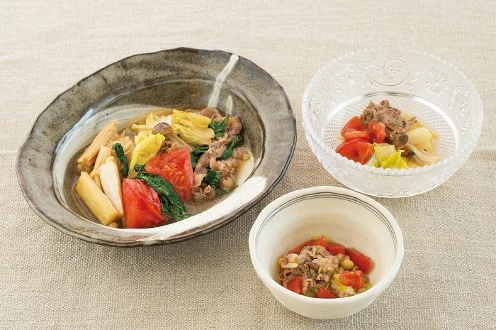 蔬菜滷成清爽好滋味!5步驟,做出健康美味的《牛肉菇菇壽喜燒》,孩子離乳期的好料理...