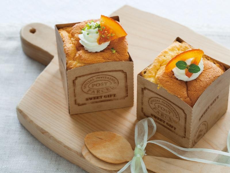什麼~我把「戚風蛋糕」變成正方形了!?一口吃的超療癒迷你尺寸,讓你送禮自用兩相宜!