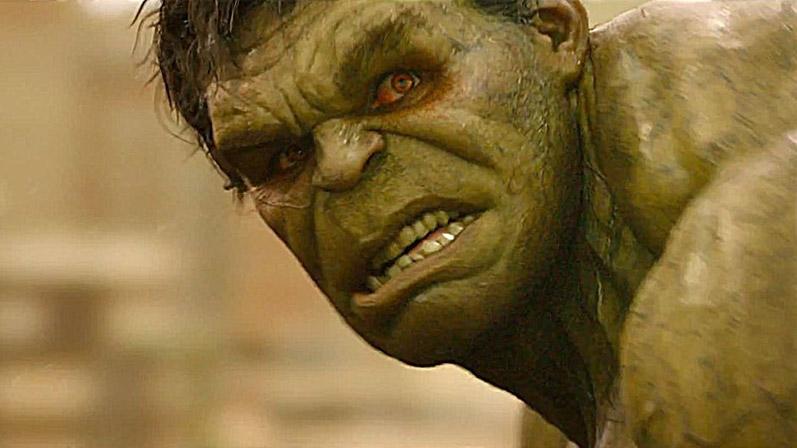 班納博士終於發瘋了!僅剩的理智完全喪失,綠巨人成了見人就吃的吃人魔!最後的下場只有一個字「慘」!