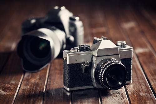 國人印象最好的相機品牌前三名:Canon、Sony、Nikon