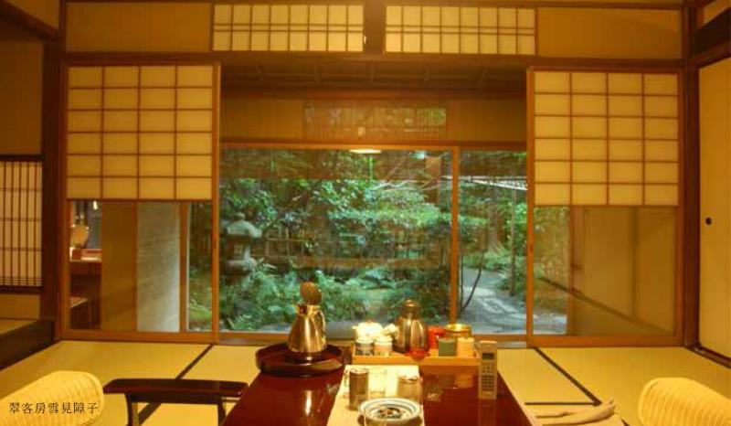 來京都不一定要住旅館,傳統百年老鋪住宿更有味道!京都中最久遠的老鋪在這...