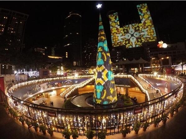 6個聖誕打卡熱門景點推薦!週末就是要去耶誕城打卡PO IG~~#5更多了6隻麋鹿及巨大雪橇,超可愛!