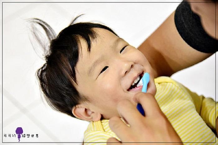 小孩都不愛刷牙?!5招,如何讓孩子喜歡刷牙...不要用恐嚇的方式嚇孩子!