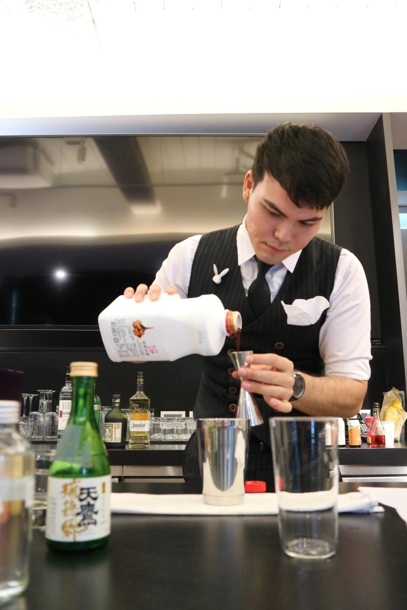 微醺商機吹進台灣 開元食品結合國際調酒大師 創新特調「接地氣」混搭在地台灣風