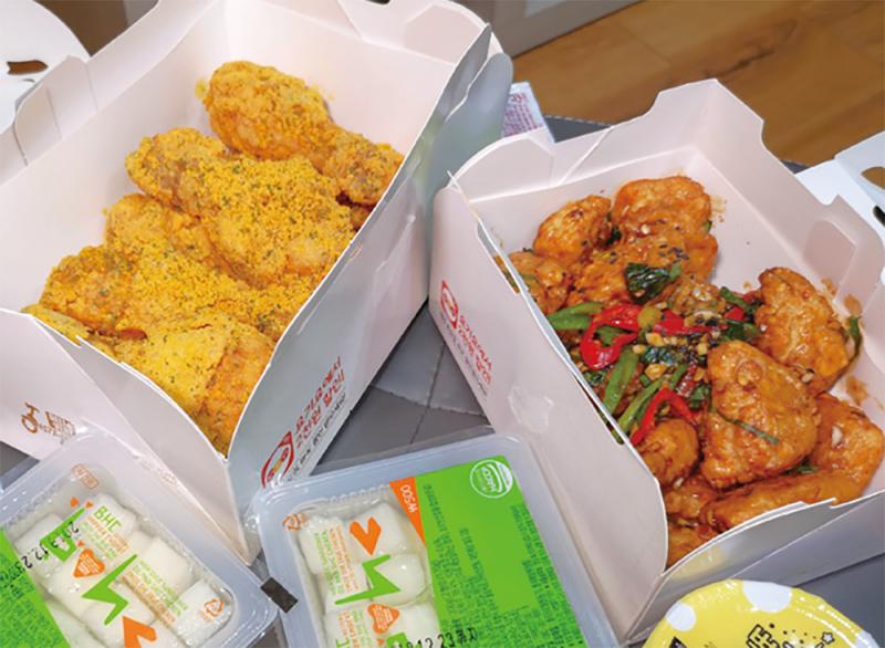 吃炸鸡就是要配啤酒!关于吃「韩国炸鸡」的8种学问,一定要体验「叫外送」服务...