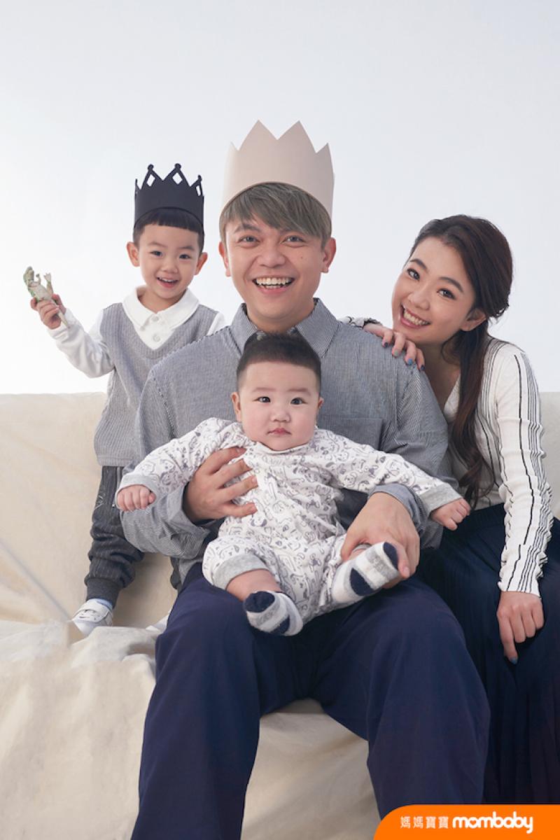 蔡阿嘎榮登《媽媽寶寶》家庭風格獎冠軍!歡