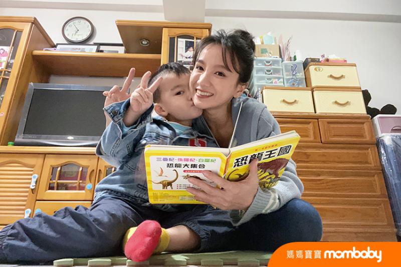 《未来妈妈》张寗与4岁小童的「亲子共读时光」 如何说故事、接收儿子情绪