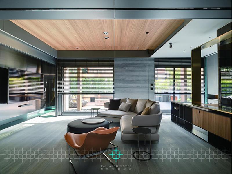 採用「通電玻璃」跳脫傳統空間的思維 貫穿空間虛實的全新設計